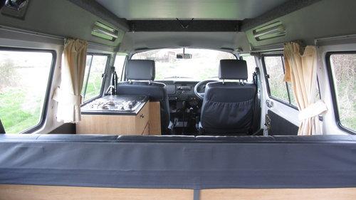 2006 Volkswagen Camper by Danbury SOLD (picture 3 of 6)