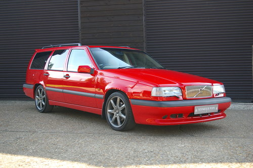 1996 Volvo 850 R 2.3 Estate Automatic (55,110 miles) SOLD (picture 2 of 6)