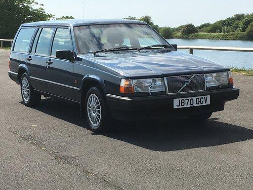 1991 VOLVO 940 GL  2.0 AUTO ESTATE  GENUINE 25,000 MILES For Sale (picture 1 of 6)
