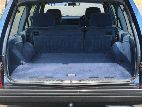 1991 VOLVO 940 GL  2.0 AUTO ESTATE  GENUINE 25,000 MILES For Sale (picture 6 of 6)