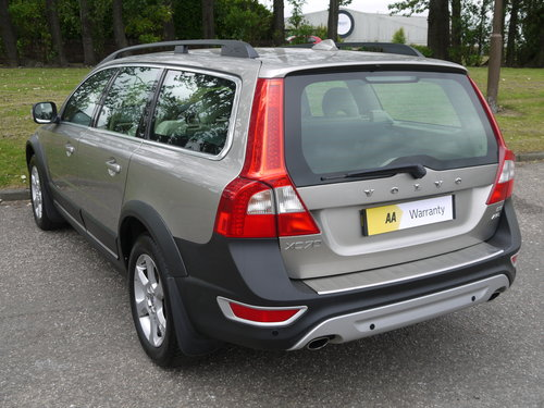 2010 Volvo XC70 2.4 D5 SE Geartronic AWD 5dr ***FULL VOLVO SERVIC For Sale (picture 3 of 6)