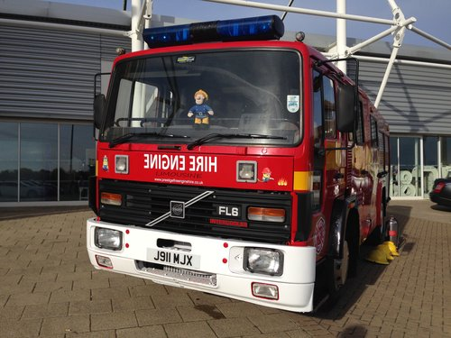 1992 Fire Engine Limousine 8 Seater Ideal for Parties & Proms For Sale (picture 1 of 6)