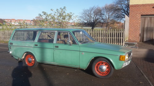 1972 volvo 145 estate ( rat look ) For Sale (picture 1 of 6)