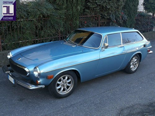 TOTALLY RESTORED 1973 VOLVO P1800ES For Sale (picture 2 of 6)