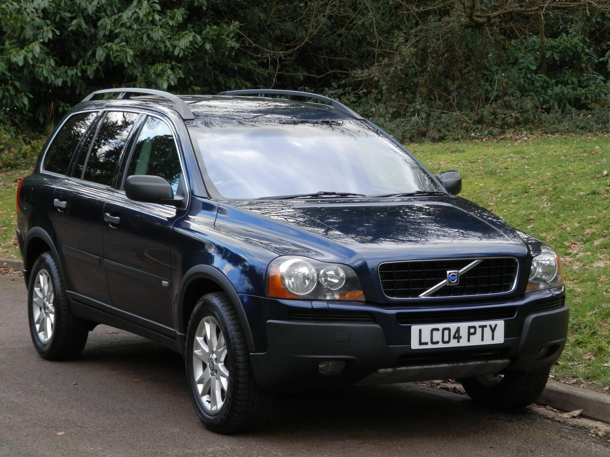 2004 Volvo XC90 D5 SE AWD.. Auto.. 7 Seats.. Bargain.. SOLD (picture 1 of 6)