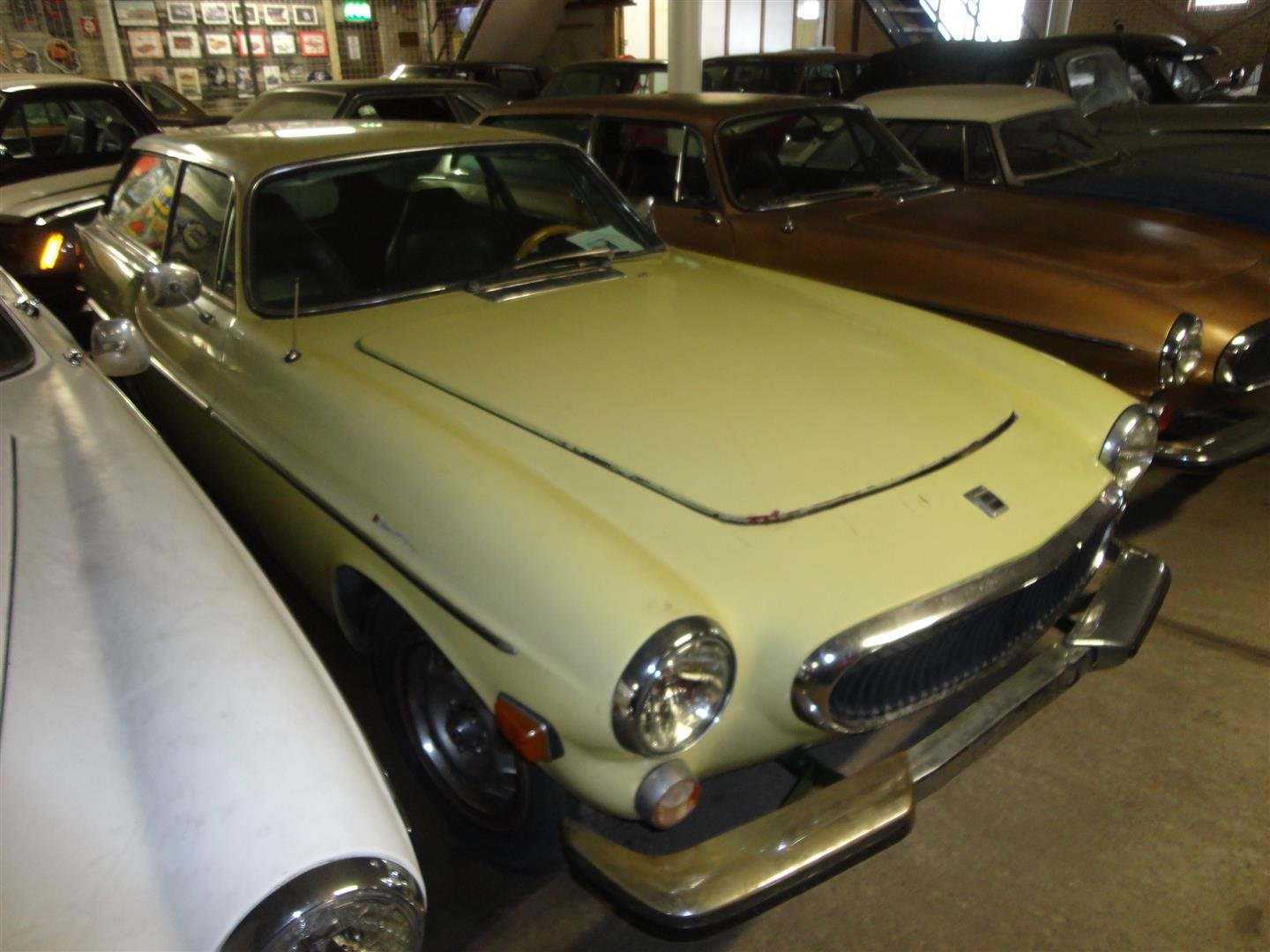 1972 volvo 1800 ES to restore for sale For Sale (picture 1 of 6)