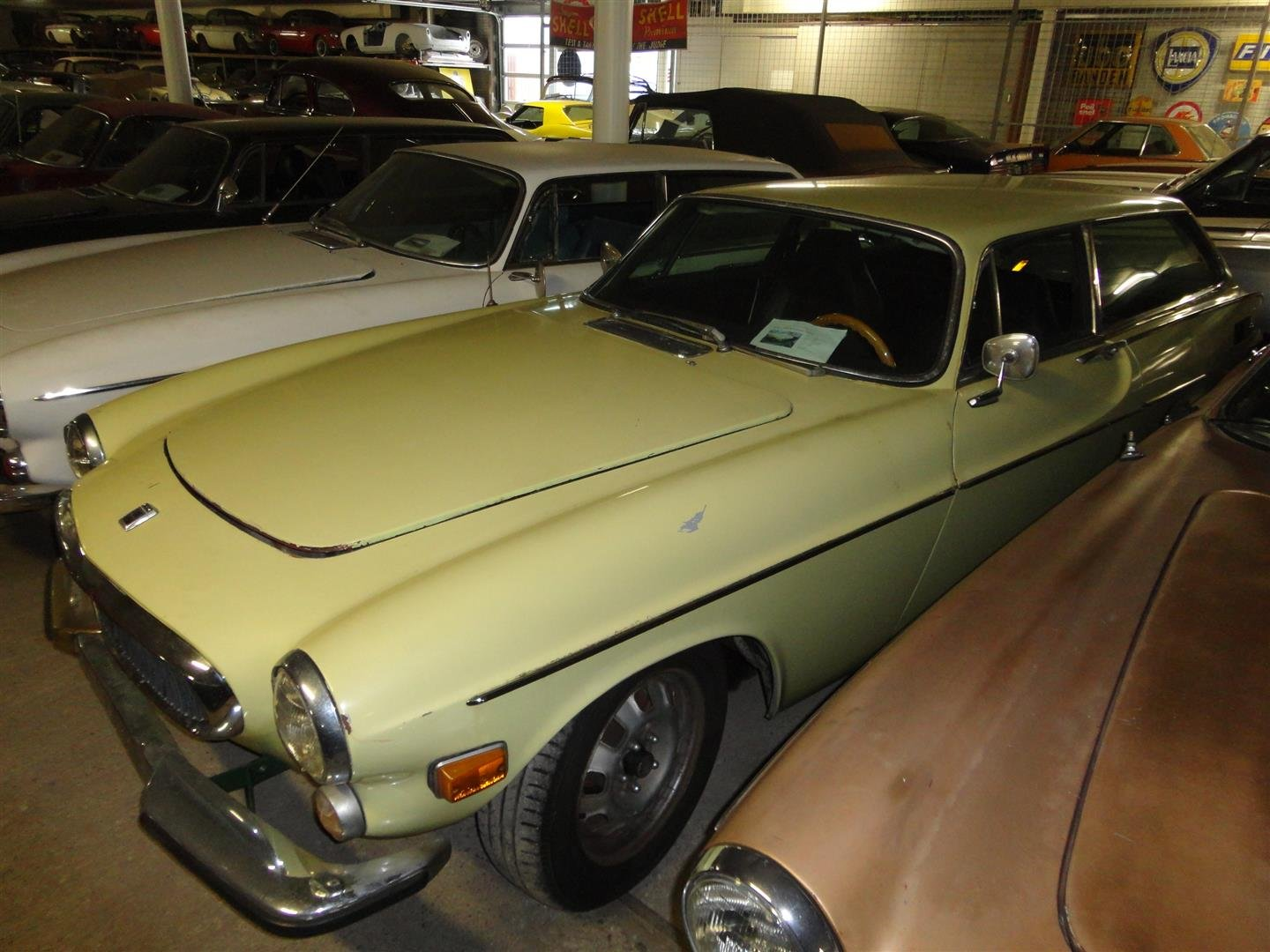 1972 volvo 1800 ES to restore for sale For Sale (picture 2 of 6)