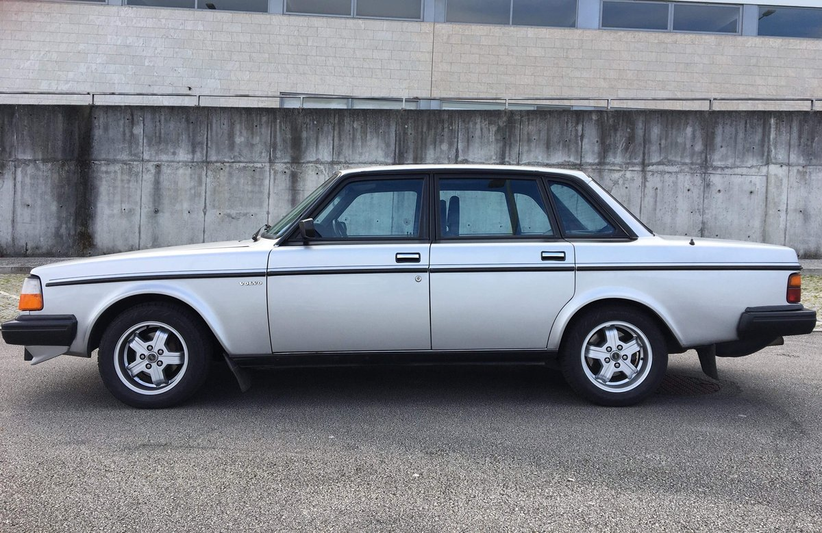 1982 Volvo 240 TURBO (244 Series) SOLD (picture 3 of 6)