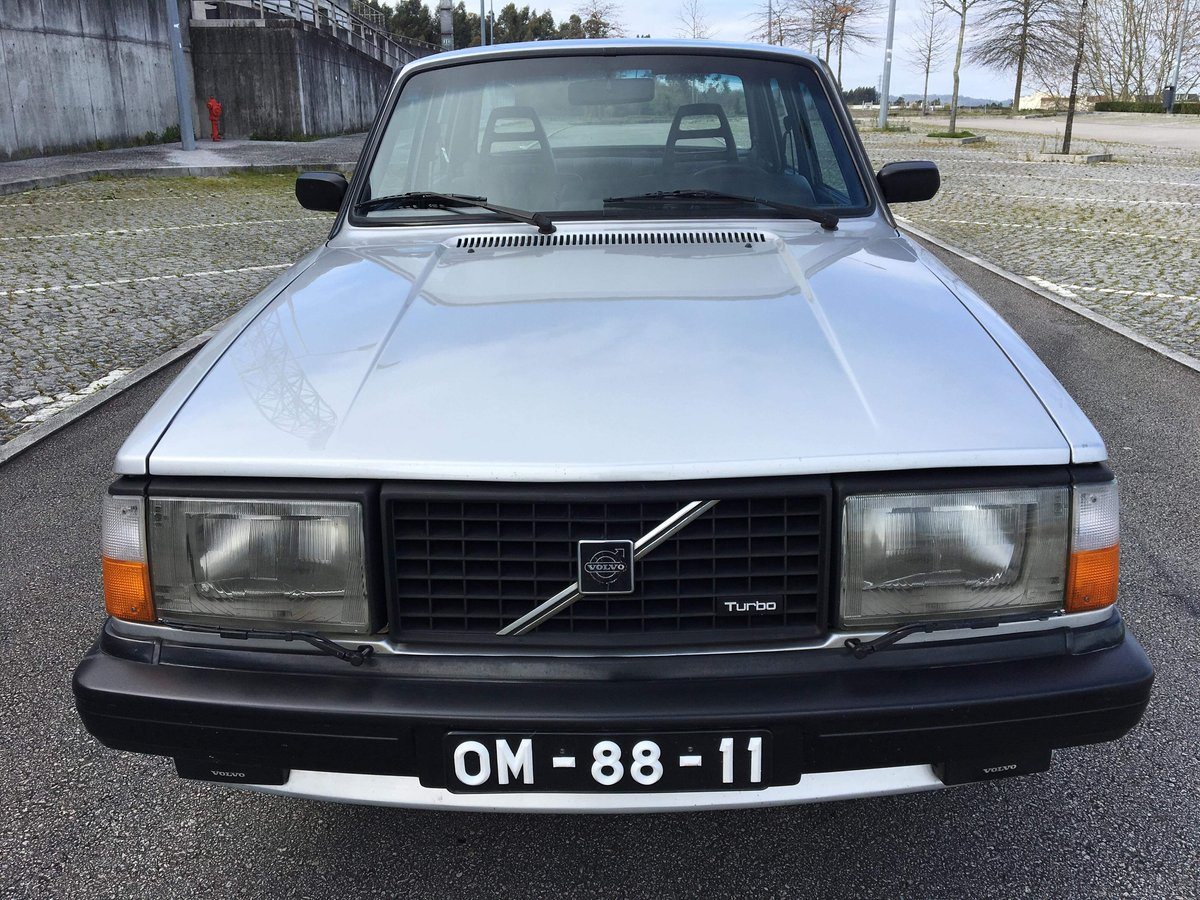 1982 Volvo 240 TURBO (244 Series) SOLD (picture 6 of 6)