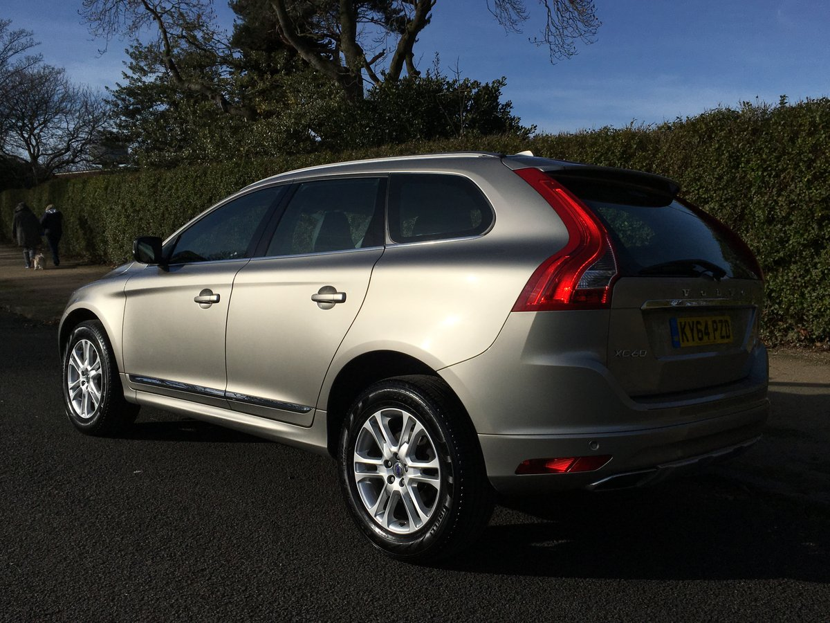 2014 Volvo XC60 D5 SE Lux AWD Automatic - SAT NAV For Sale (picture 3 of 6)