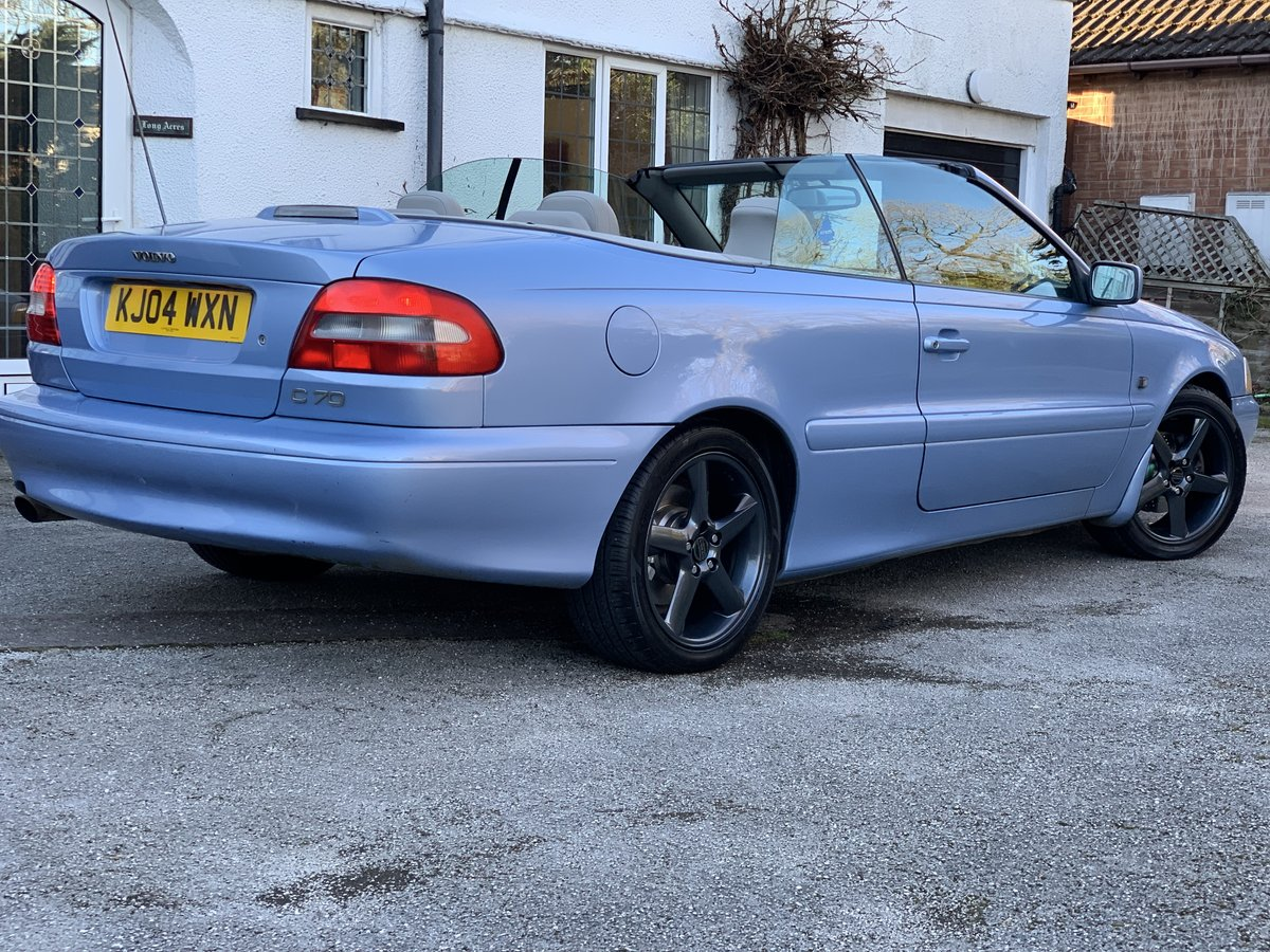 2004 Volvo C70 Gt convertible 20v turbo automatic  SOLD (picture 2 of 6)
