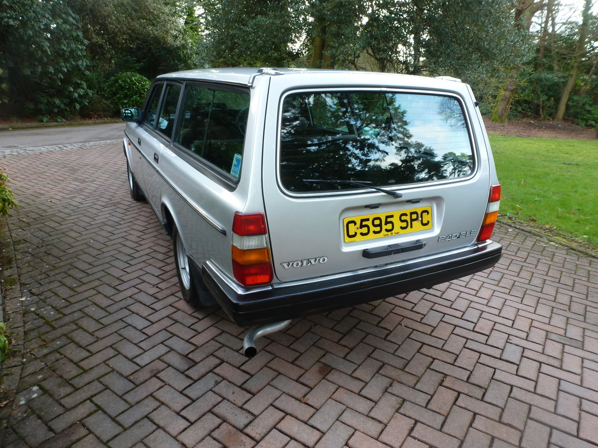 1985 One family owned 240 GLE Estate! SOLD (picture 4 of 6)