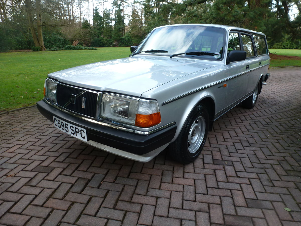 1985 One family owned 240 GLE Estate! SOLD (picture 5 of 6)