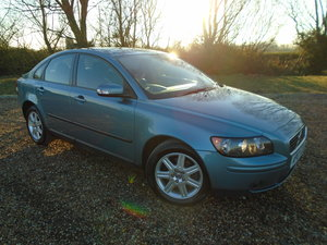 2008 VOLVO S40 2.4 SE AUTOMATIC WITH FULL VOLVO DEALER HISTORY