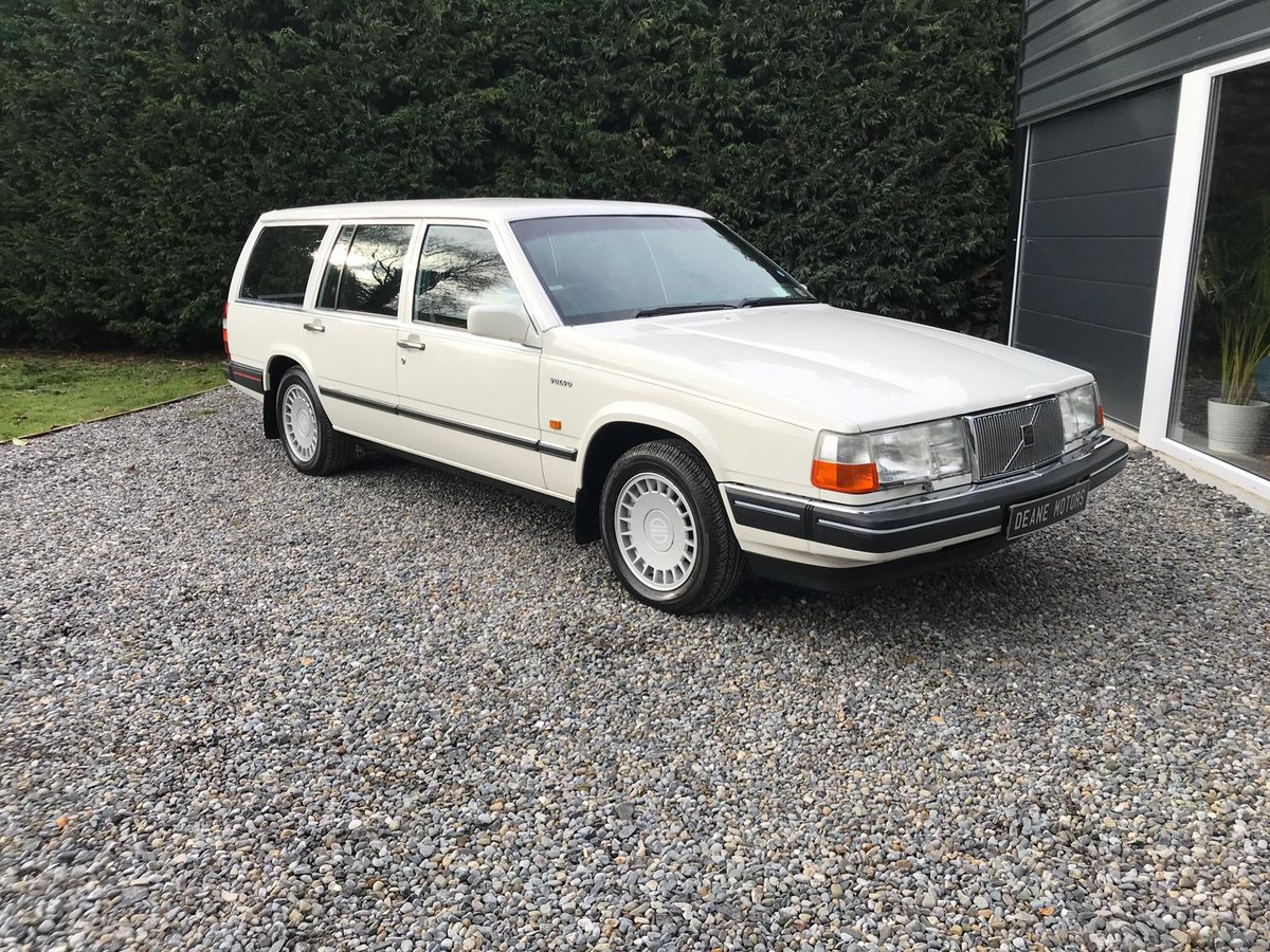 Stunning 1988 Volvo 760 Estate For Sale (picture 1 of 6)