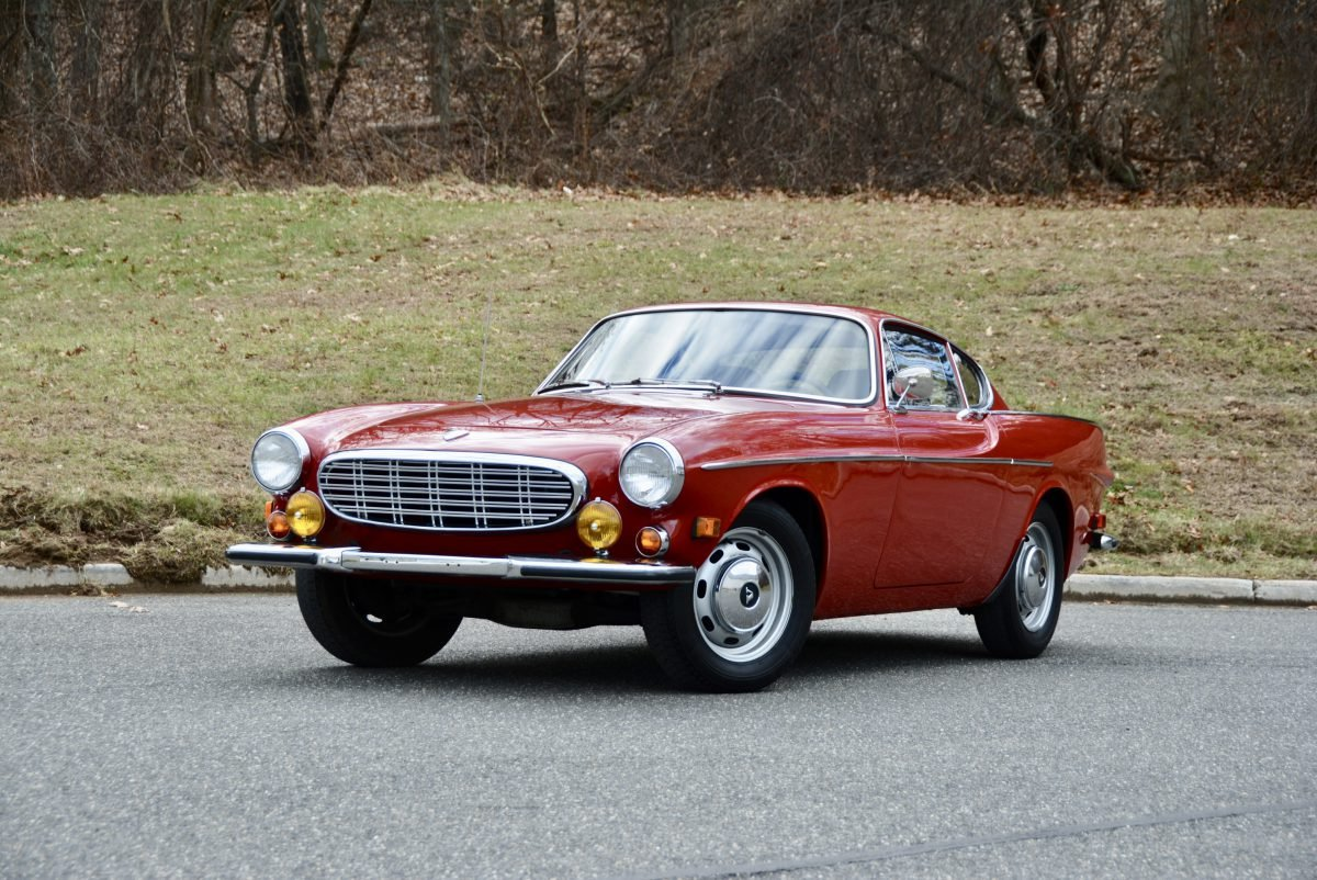 1968 Volvo 1800 S Coupe = Manual Red(~)Black  $33.9k For Sale (picture 1 of 6)