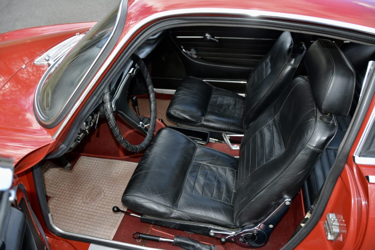 1968 Volvo 1800 S Coupe = Manual Red(~)Black  $33.9k For Sale (picture 4 of 6)
