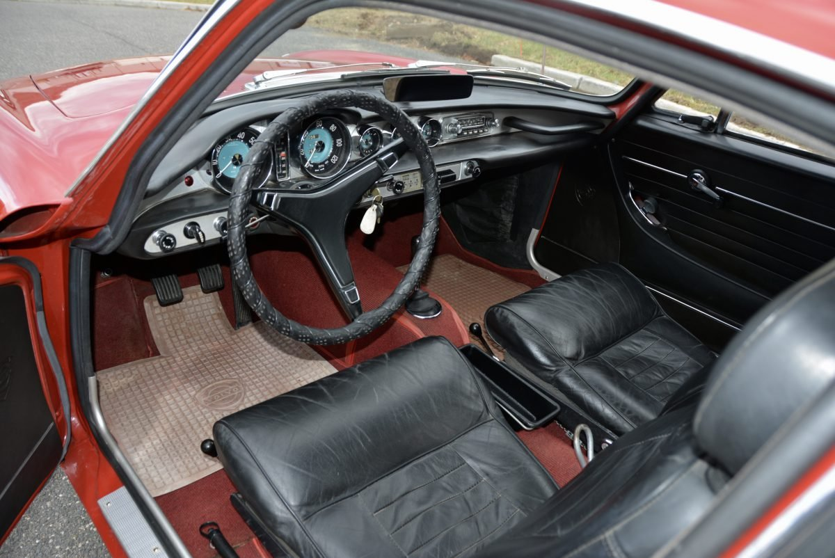 1968 Volvo 1800 S Coupe = Manual Red(~)Black  $33.9k For Sale (picture 5 of 6)