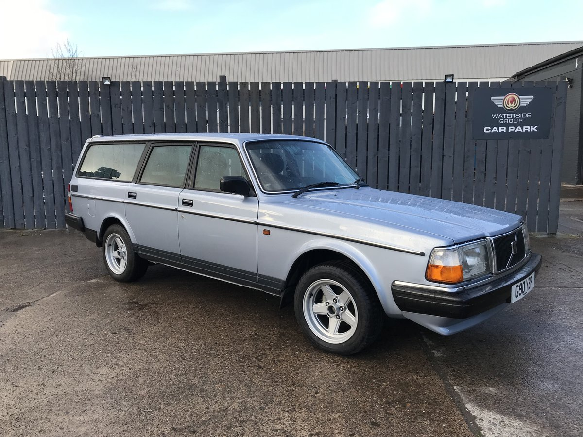 1989 Volvo 240 GL Estate Riviera Blue/Blue Service history For Sale (picture 1 of 6)