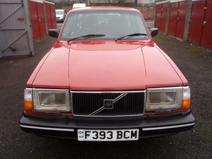 1989 Volvo 240 dl estate 2.3 carb 4 speed manual .