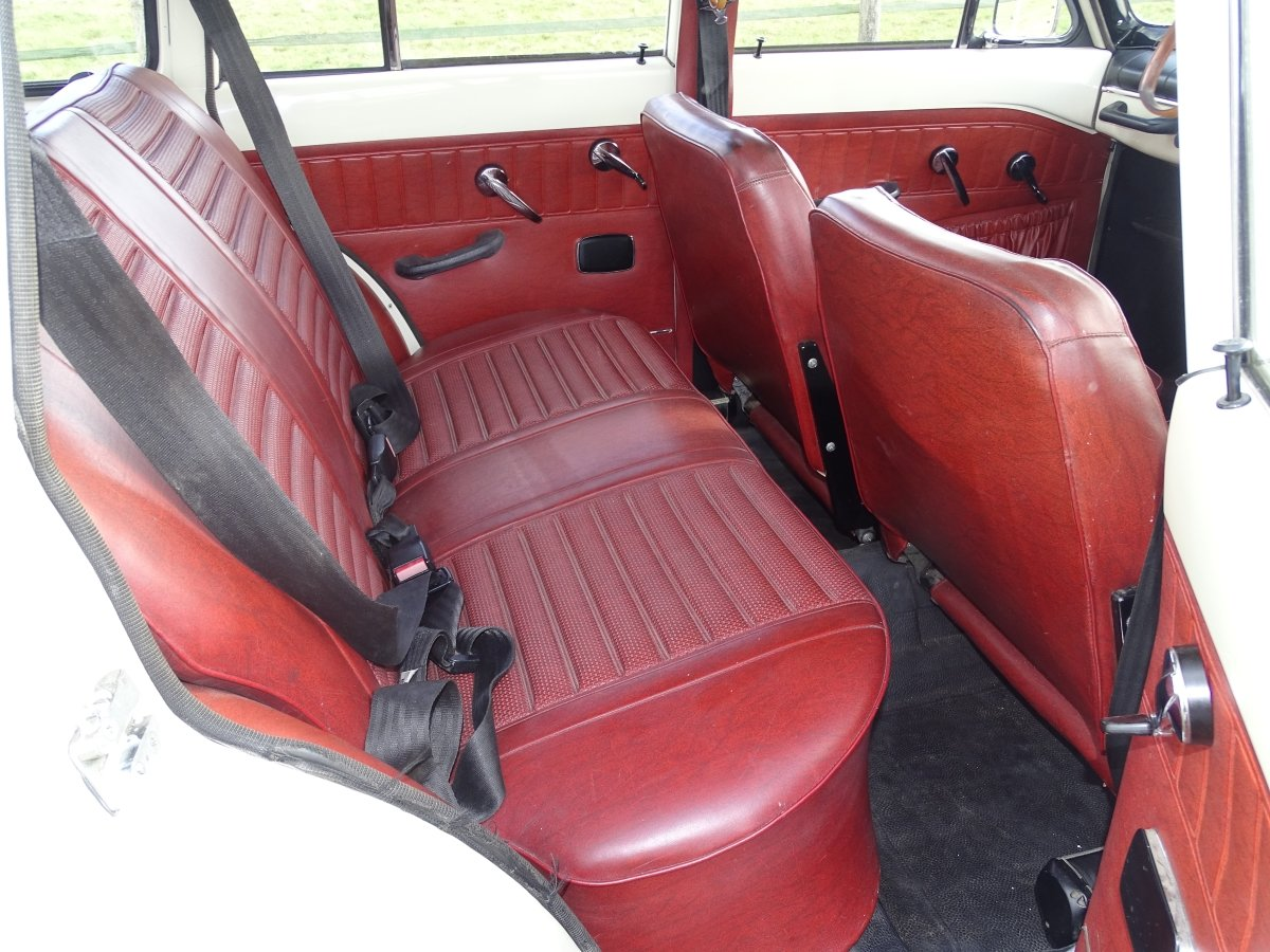 1966 Beautiful Volvo Amazon 121 Estate, Manual with overdrive. For Sale (picture 4 of 6)
