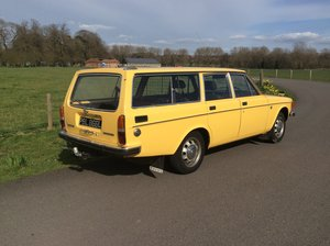 1973 Volvo 145 estate with overdrive