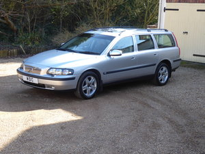 Picture of 2002 Volvo V70 2.5T AWD 74000  iles Full Service History SOLD