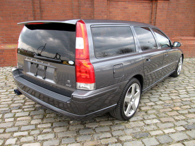 2005 VOLVO V70 R ESTATE 2.5 AWD 300 BHP AUTOMATIC * FRESH JAPANES For Sale (picture 2 of 6)
