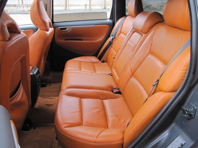 2005 VOLVO V70 R ESTATE 2.5 AWD 300 BHP AUTOMATIC * FRESH JAPANES For Sale (picture 4 of 6)