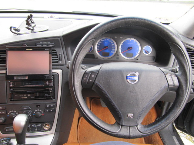 2005 VOLVO V70 R ESTATE 2.5 AWD 300 BHP AUTOMATIC * FRESH JAPANES For Sale (picture 5 of 6)
