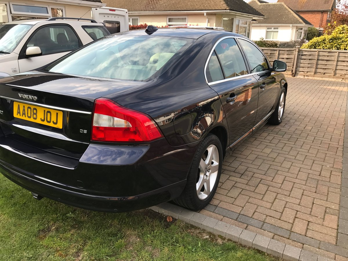 2008 Midsomer Murders Volvo S80 SE LUX D5 AUTO For Sale (picture 3 of 6)