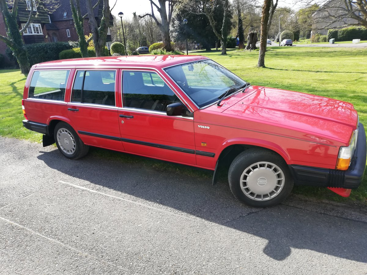 1988 Volvo 740GL estate cc auto Rare 7 seater FSH For Sale (picture 1 of 6)
