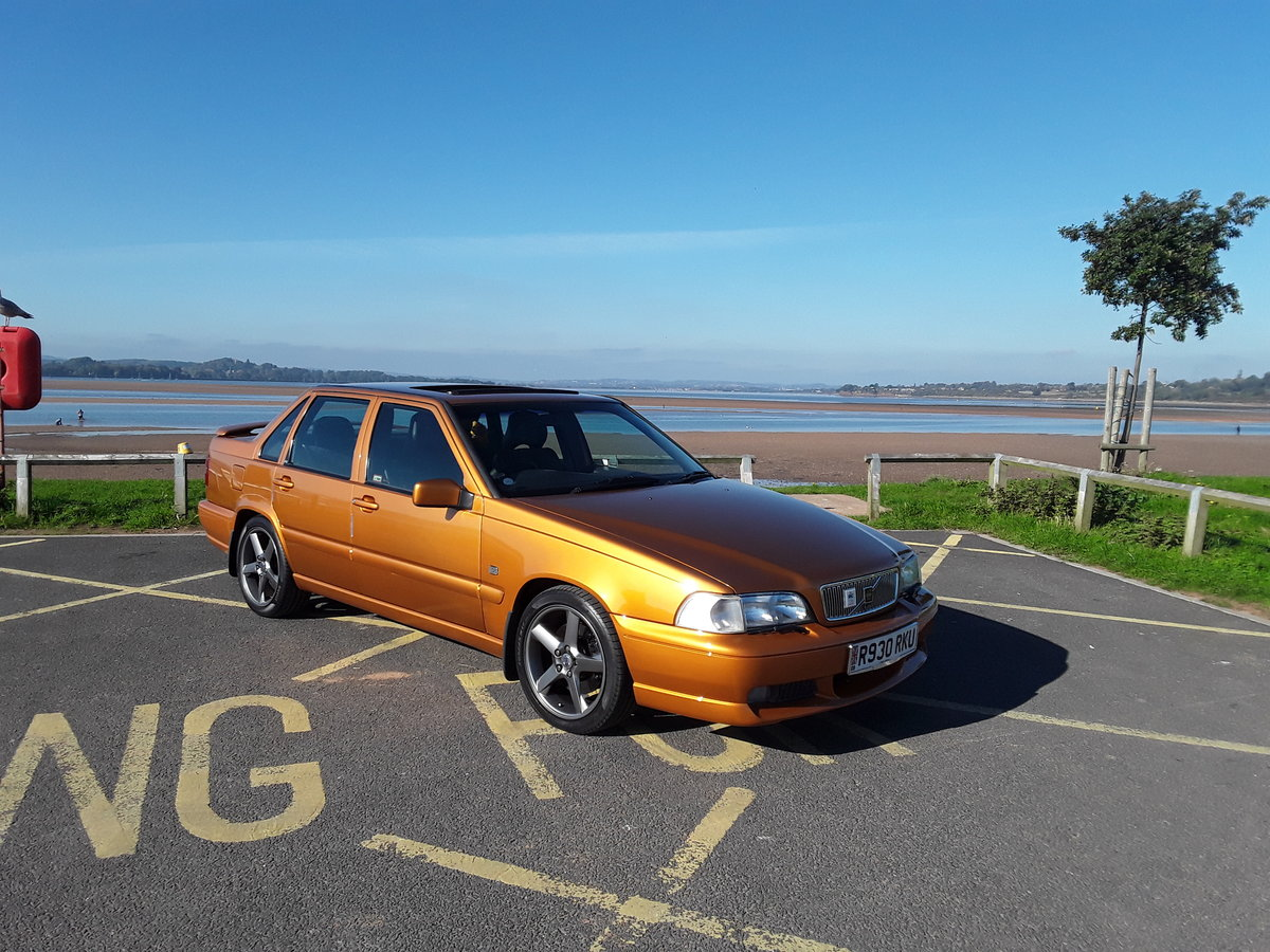 1997 VOLVO S70R SALOON For Sale (picture 2 of 4)
