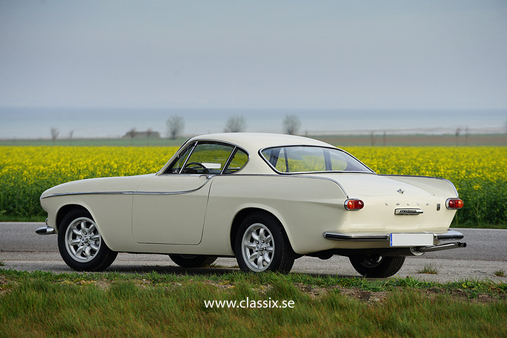 1966 Stunning Volvo P1800 S for sale For Sale (picture 1 of 6)