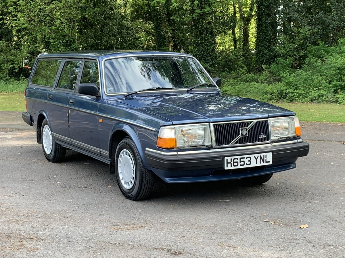 1990 VOLVO 240 2.0 GL ESTATE. MANUAL.  85,000 MILES. For Sale (picture 1 of 6)