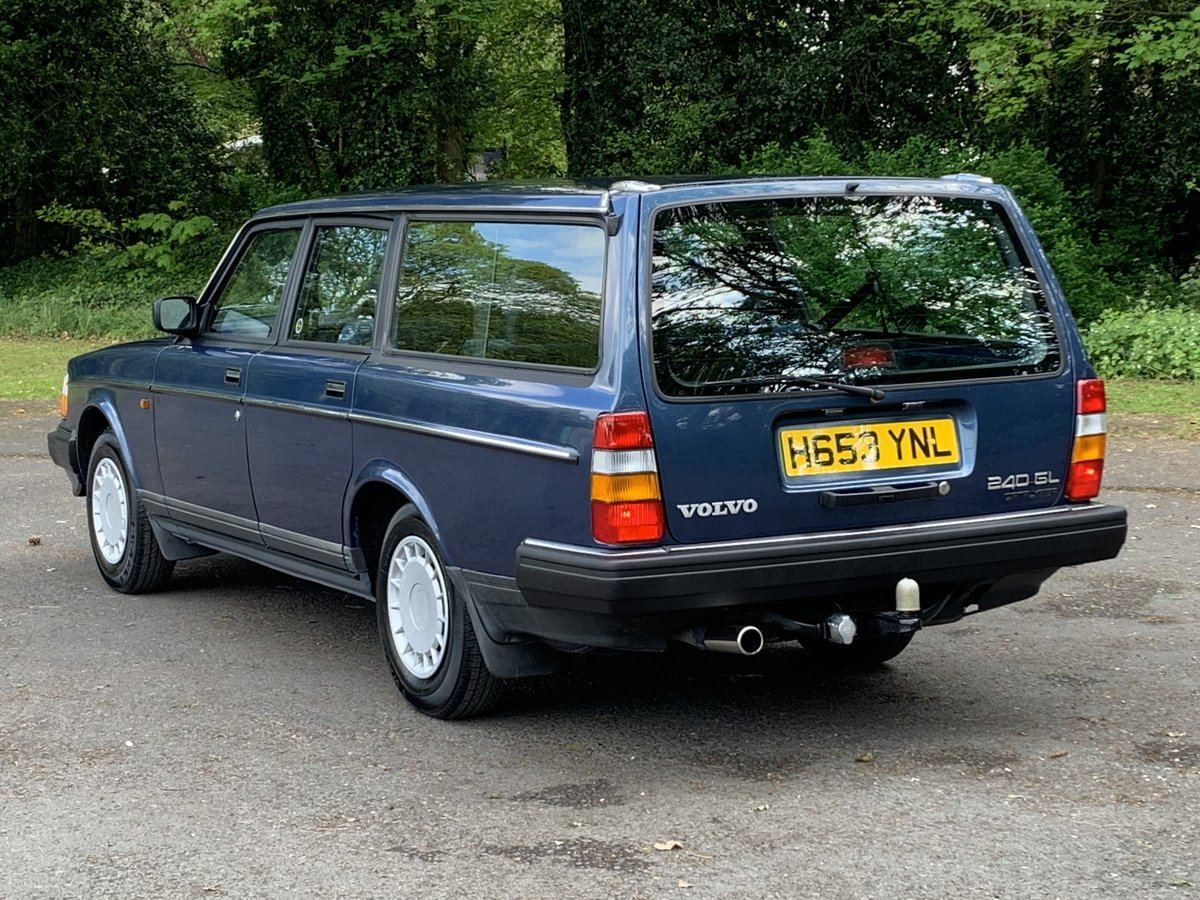 1990 VOLVO 240 2.0 GL ESTATE. MANUAL.  85,000 MILES. For Sale (picture 3 of 6)