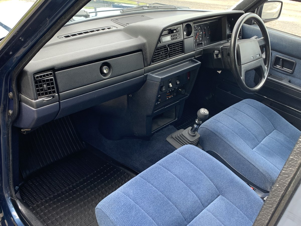 1990 VOLVO 240 2.0 GL ESTATE. MANUAL.  85,000 MILES. For Sale (picture 5 of 6)