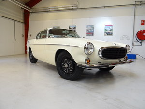 1971 Volvo P1800 E - full restoration completed April 2019