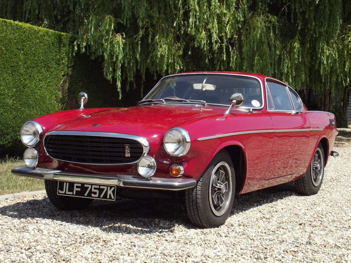 1971 Volvo P1800E. Superb Example Throughout  SOLD (picture 1 of 6)