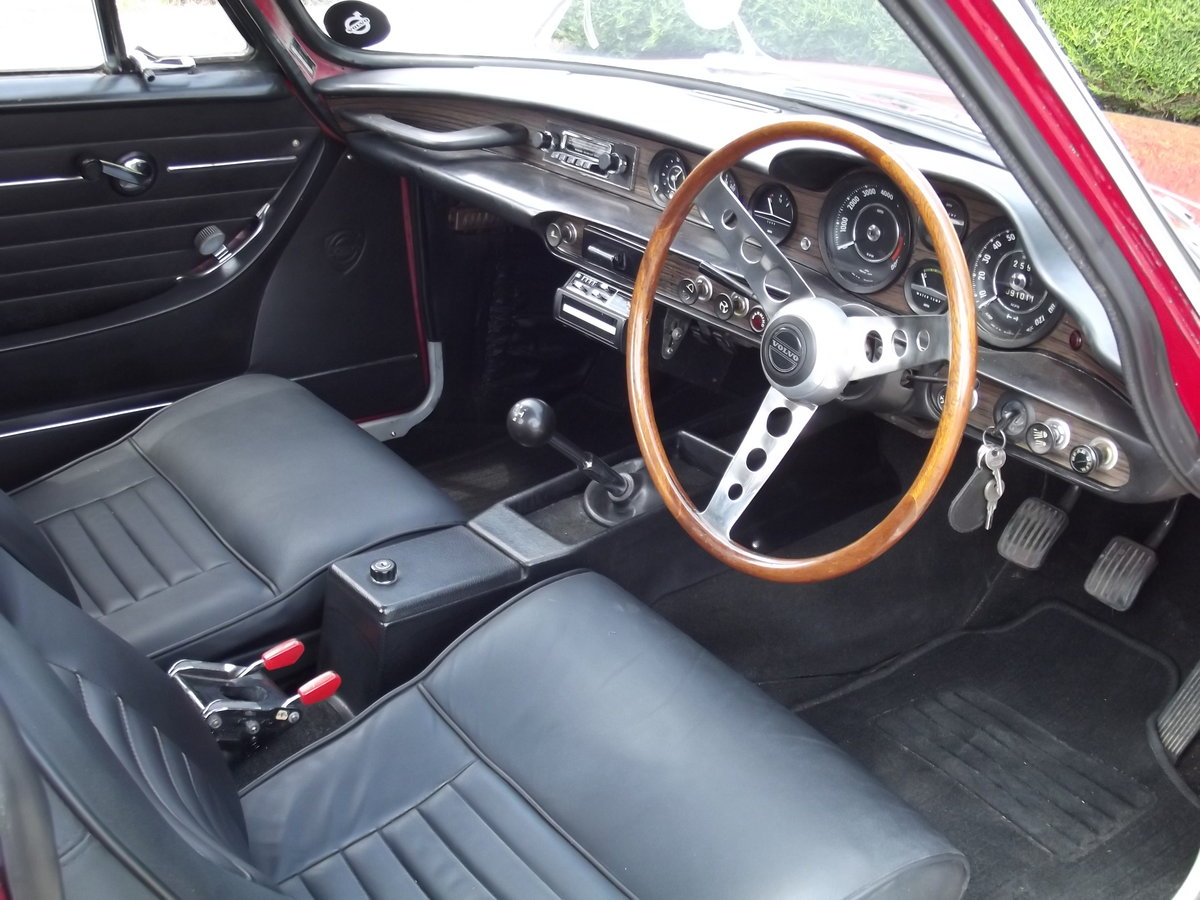 1971 Volvo P1800E. Superb Example Throughout  SOLD (picture 4 of 6)