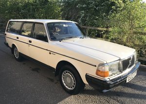 1990 Volvo 240 GL 2.0 7 Seat Estate ### Deposit Taken## For Sale