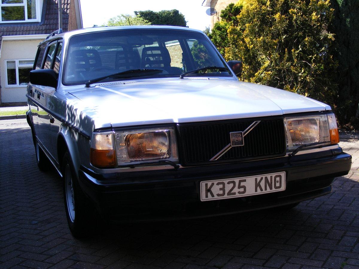 1993 Volvo 240 Torslanda Estate SOLD (picture 2 of 6)