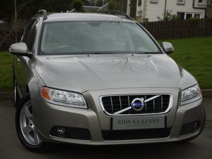2011 (11) VOLVO V70 2.0 D3 SE ONLY 49000 MILES** FULL VOLVO SERVI For Sale