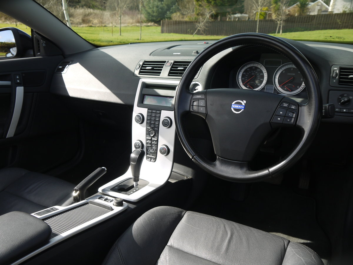 2010 VOLVO C70 2.0 D4 SE LUX AUTO VERY DESIRABLE TIN TOP CONVER For Sale (picture 5 of 6)