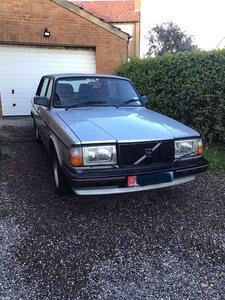 1989 Volvo 240 GLT