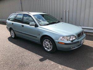 2003 03 VOLVO V40 1.6 S 108 BHP PETROL ESTATE