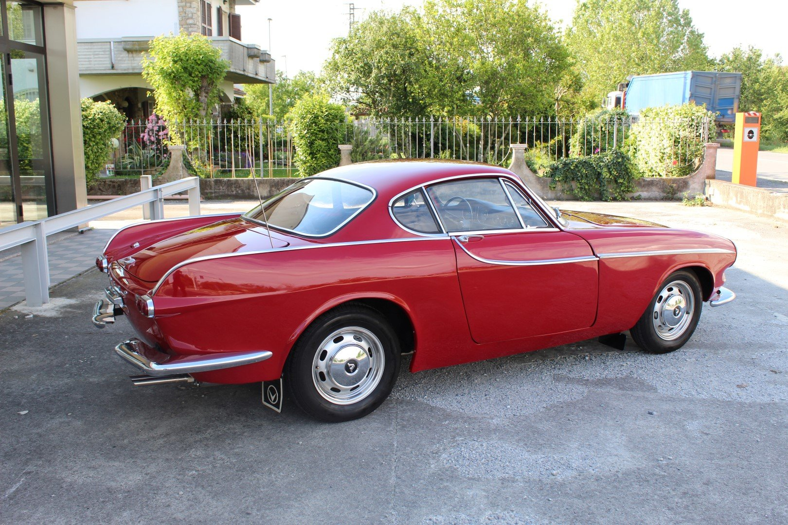 1965 VOLVO P 1800 S For Sale (picture 2 of 6)