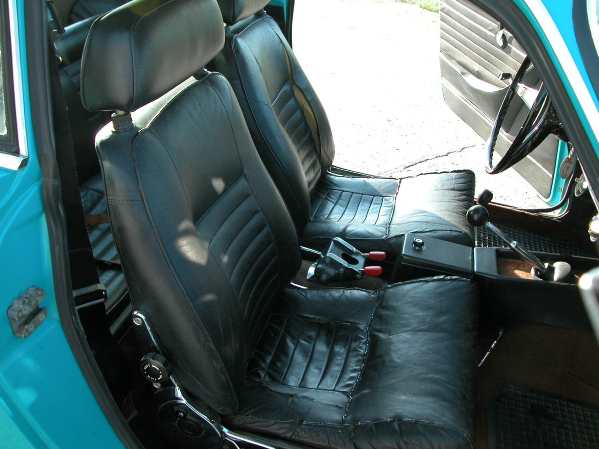 Very Good 1971 Volvo P1800E For Sale (picture 4 of 6)