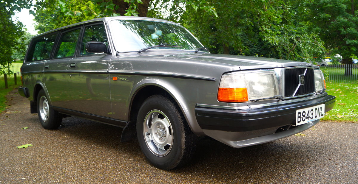 1985 Volvo 240 GL - 0 previous owners - 25k miles SOLD (picture 1 of 5)