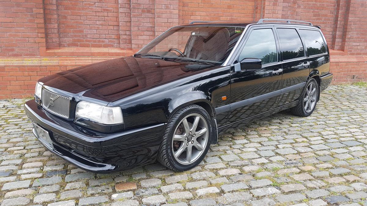 1996 VOLVO 850R ESTATE 2.3 AUTOMATIC RARE MODERN CLASSIC  For Sale (picture 1 of 6)